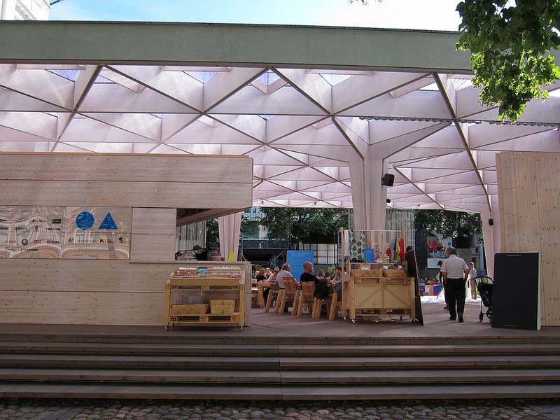 ワールド・デザイン・キャピタルのメイン会場、パビリオンへ