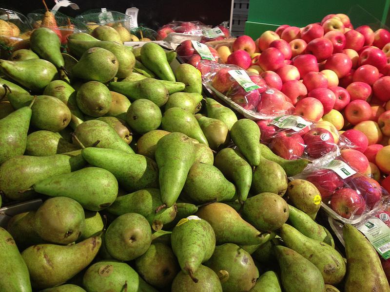 果物も量り売り