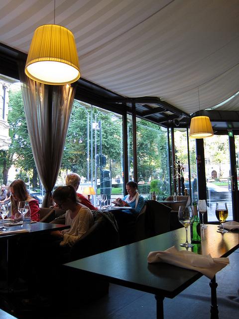 ヘルシンキ唯一の5つ星ホテル『Kämp』でディナー