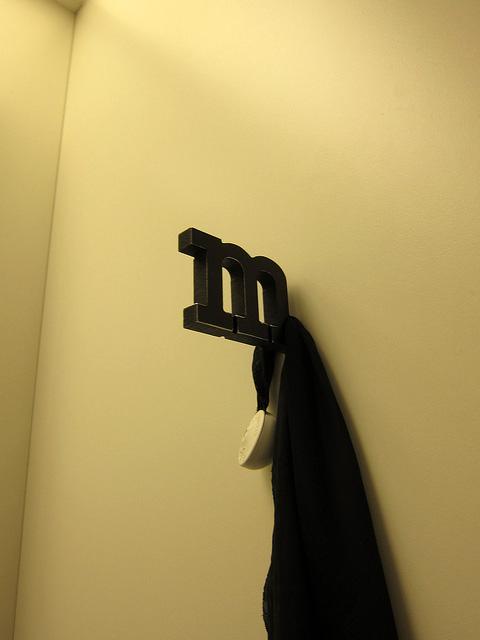 試着室のハンガー