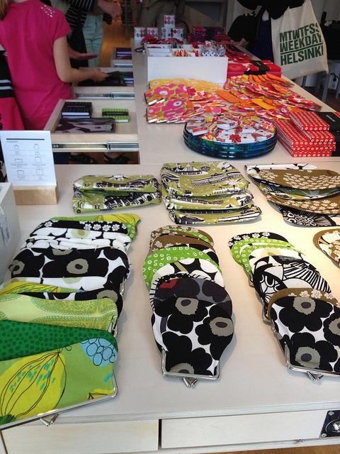 マリメッコ・マリクルマ本店 -2- 日本未発売のレア品を見つけよう