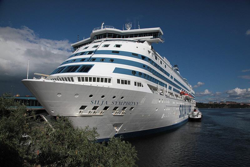 ストックホルムからヘルシンキへ、優雅な船旅を楽しもう