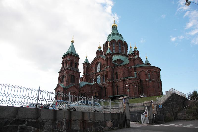 目の前に大聖堂がどーんと現れました