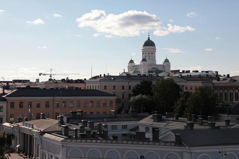 丘からヘルシンキ大聖堂を望む